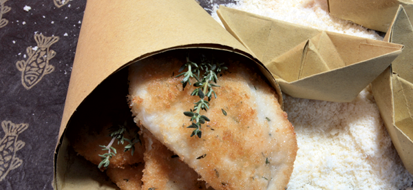 Breadcrumbed fish fillets with thyme and grana padano dop
